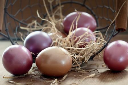 Esto es lo que el color de la cáscara de un huevo te dice sobre su calidad y sabor