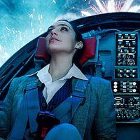 """""""No se parece a ninguna película de superhéroes moderna"""". Las primeras opiniones de 'Wonder Woman 1984' son muy positivas"""
