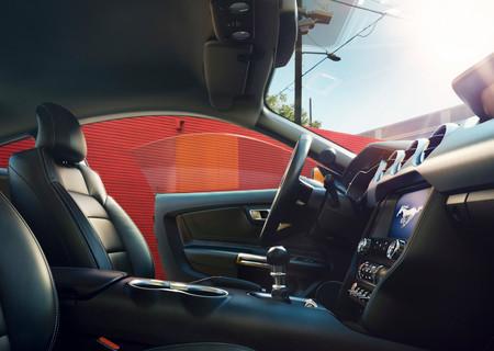 Continental quiere eliminar el olor a coche nuevo para que en China los conductores no se sientan tan ofendidos