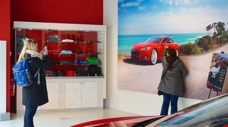 Publicidad Tesla Motors
