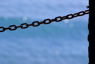 Vivan las cadenas: hay que acabar con los desmanes liberales