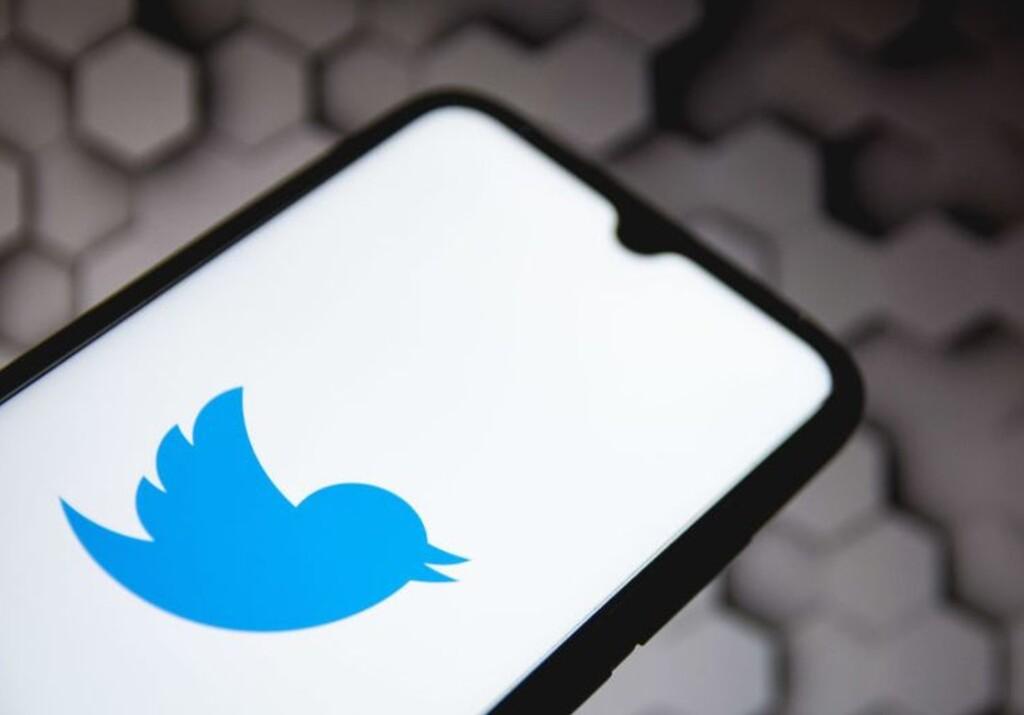 Twitter lanza su 'bote de propinas', pero los pagos con PayPal se comparte tu dirección física y tu e-mail si no tienes cuidado