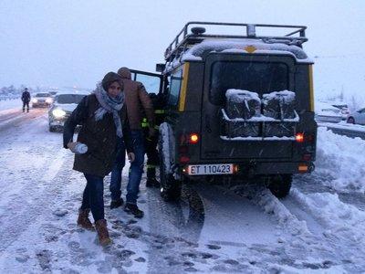 Avalancha de acusaciones tras el caos en las carreteras por la nieve