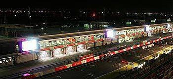 Singapur apunta a la primera carrera nocturna