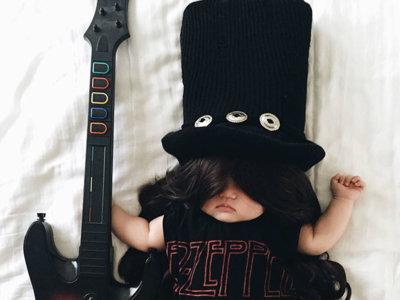 ¿Cómo convertir a tu hijo en un héroe de Instagram? Aprovechando su siesta para hacerle una estrella del disfraz