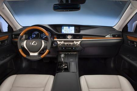 Lexus ES 350 y Lexus ES 300h, interior