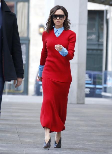 victoria beckham estilismo look