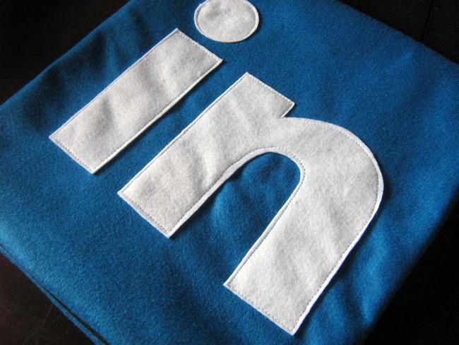 LinkedIn se sigue reinventando y añade una sección de trending topics a lo Facebook