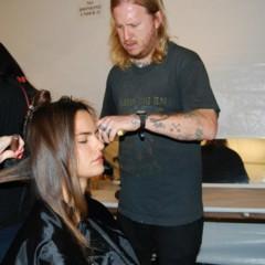 Foto 2 de 27 de la galería el-backstage-de-custo-en-la-nyfw en Trendencias Belleza