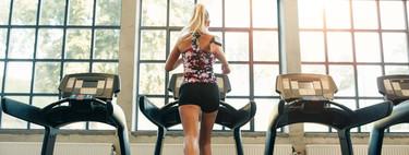 Cinco consejos para correr de forma segura en la cinta del gimnasio