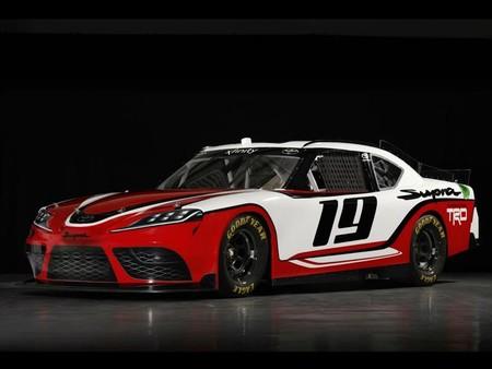 ¡Confirmado! Este es el Toyota Supra que correrá en NASCAR