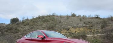 Hemos conducido el Infiniti Q60, un nuevo y equilibrado coupé que no solo destaca por su diseño