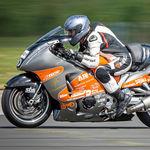 ¡Brutal! Una Suzuki Hayabusa con un récord de velocidad de 425 km/h está a la venta por menos de 35.000 euros
