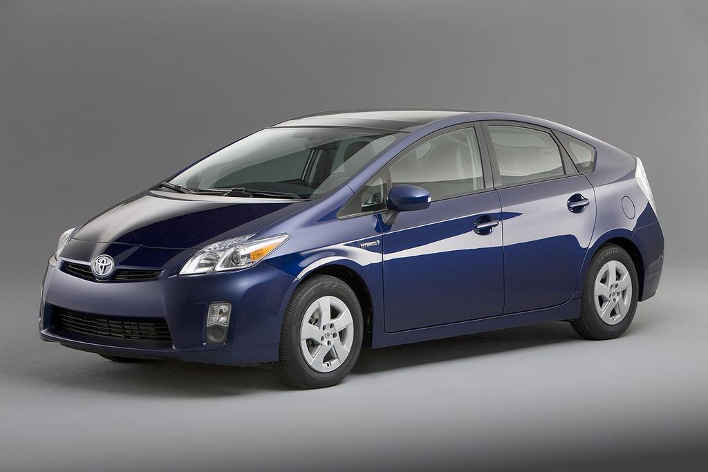 Foto de 2010 Toyota Prius (EEUU) (10/35)