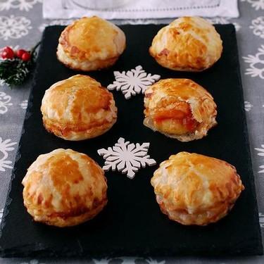 Bocaditos de brie con mermelada de tomate: receta de aperitivo facilísimo ideal para fiestas