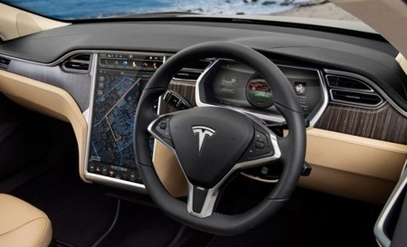 Tesla y Apple ya no esconden sus relaciones