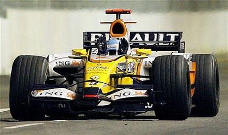 Fernando Alonso logra una brillante victoria bajo la noche de Singapur