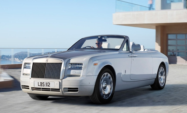 Rolls Royce Phantom Drophead Coupé blanco