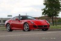 El Ferrari 599 Roadster se presentó en Pebble Beach