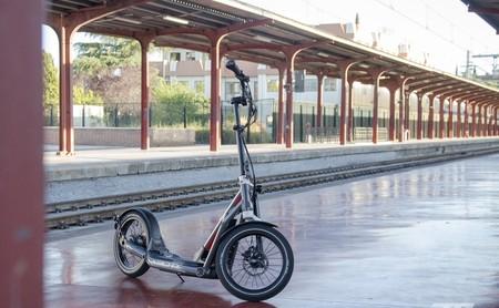 Probamos el BMW X2 City: un patinete eléctrico de 2.400 euros que va sobrado de todo