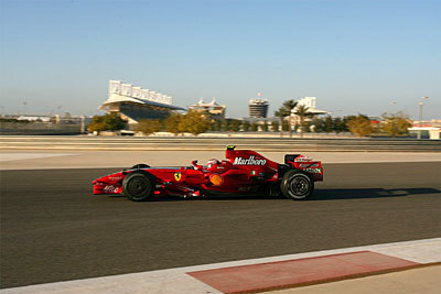 Raikkonen ya prepara el GP de Bahrein de abril