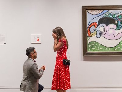 Por amor al arte: la proposición de matrimonio más artística ha revolucionado el Met de Nueva York