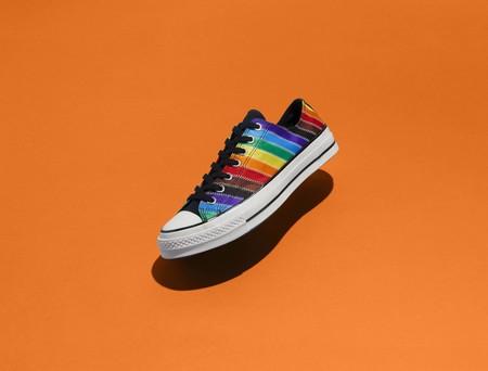 Con Orgullo Y Mucho Color Converse Interviene Sus Iconicos Modelos En Pro De La Comunidad Lgbtqia 1