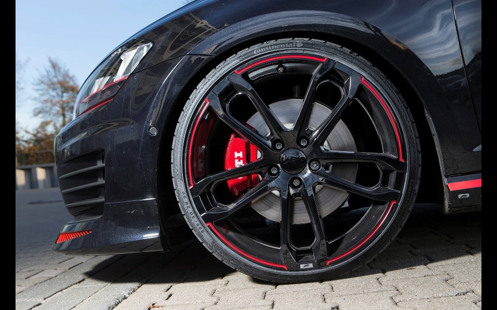 Volkswagen Golf VII GTI Dark Edition