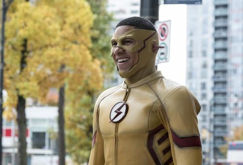 Esta semana en tus series favoritas: El regreso de los superhéroes de The CW y DC
