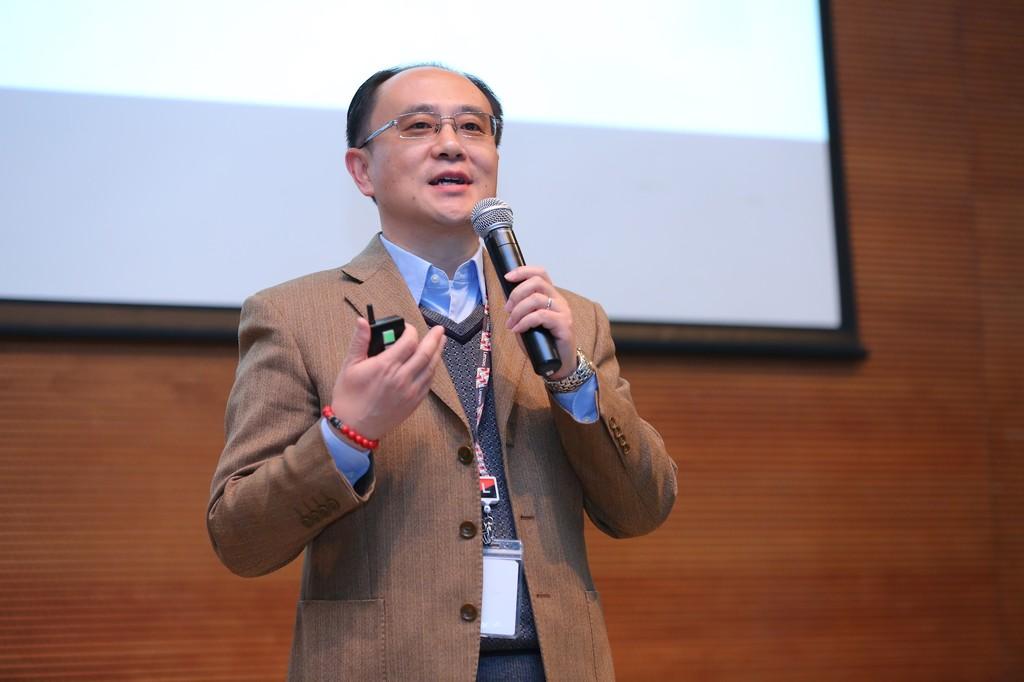 Dr Yong Rui Cto