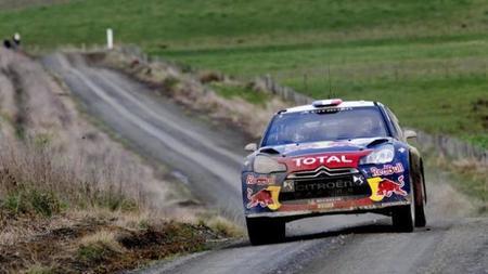 Sébastian Loeb sigue líder en el Rally de Nueva Zelanda con Mikko Hirvonen al acecho