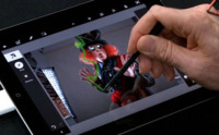 Adobe sigue apostando por Apple, mejoras interesantes en Photoshop Touch app