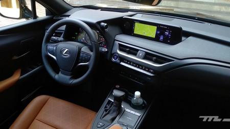 Lexus Ux 2019 interior 190