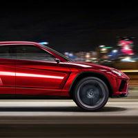 Video: Cuatro SUV deportivos, tres motores V8, uno eléctrico y 1/4 de milla. ¿Quién ganará?