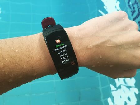 Samsung Gear Fit 2 Pro, análisis: cuantifícalo todo ahora también bajo el agua