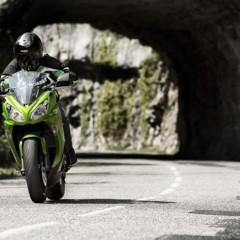 Foto 12 de 52 de la galería kawasaki-er-6f-2012-version-carenada-y-mas-agresiva en Motorpasion Moto