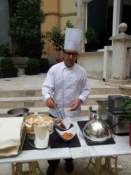 Asistimos al showcooking de los chefs José Luque y Miguel de la Fuente en el oásis del hotel InterContinental