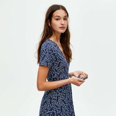 Estos son los vestidos y el calzado de verano de Zara, Mango o Bershka más deseados por las influencers en 21 buttons