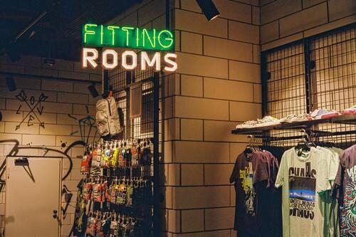 About You tiene solo hoy 30% de descuento en camisetas de tus marcas favoritas: Tommy Hilfiger, Nike, Champion, Levi's...