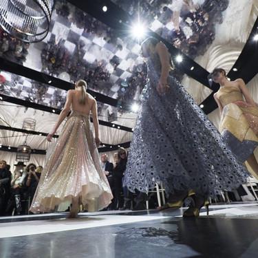 Dior Alta Costura: Maria Grazia Chiuri y su mágico desfile en blanco y negro