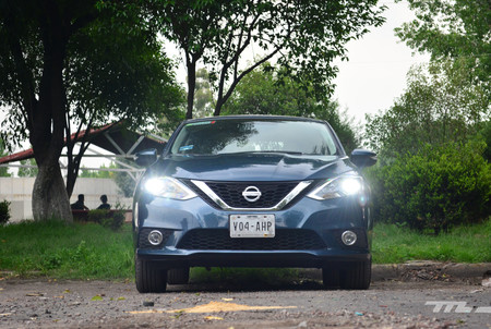 ¿Qué vuelve tan popular al Nissan Sentra? Probamos el compacto superventas