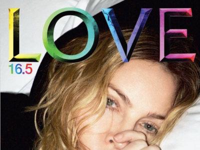 Madonna celebra su 58 cumpleaños apareciendo en portada sin maquillar ni peinar y chupándose un dedo