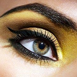 Como pintar unos ojos con sombra amarilla