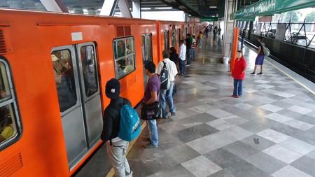El único requisito para usar la red Wi-Fi del metro de Ciudad de México es compartir nuestra información privada