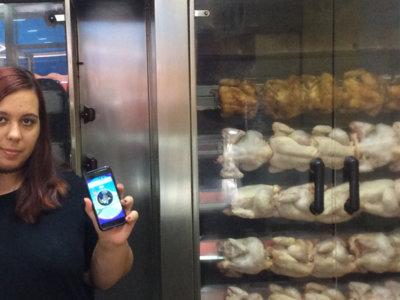A mi asador de pollos le tocó ser una Pokeparada: Pokémon Go y los pequeños comercios