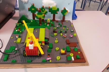 Los alumnos de 4º Primaria participan en la Junior First Lego League 2014