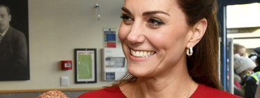 Kate Middleton vuelve a apostar por un vestido de Zara con el que nos inspira de cara a San Valentín