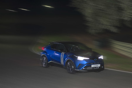 24 horas híbridas Toyota 2017, curva