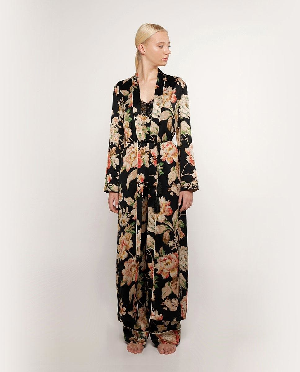 Bata de mujer con estampado florar de manga larga