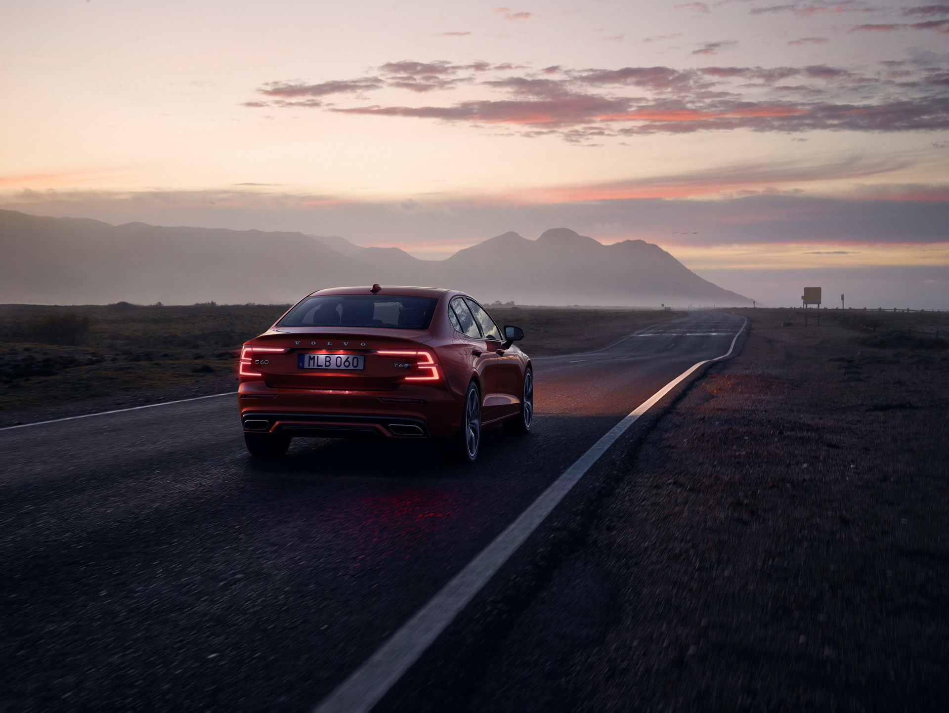 Foto de Volvo S60 2019 (6/40)